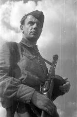 Евгений Долматовский в Берлине. Фото Н.Боде