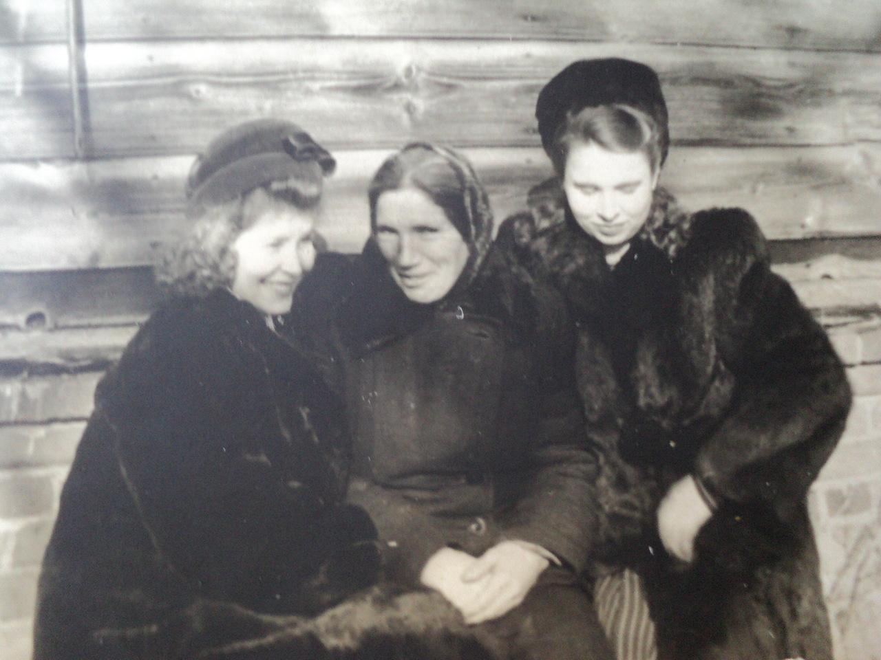 Старые и толстые бабы за 60 22 фотография