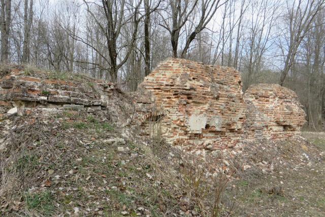 Руины собора