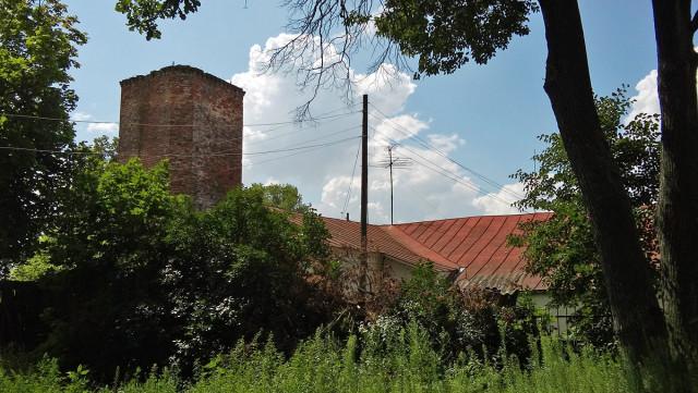 Основание разрушенной колокольни