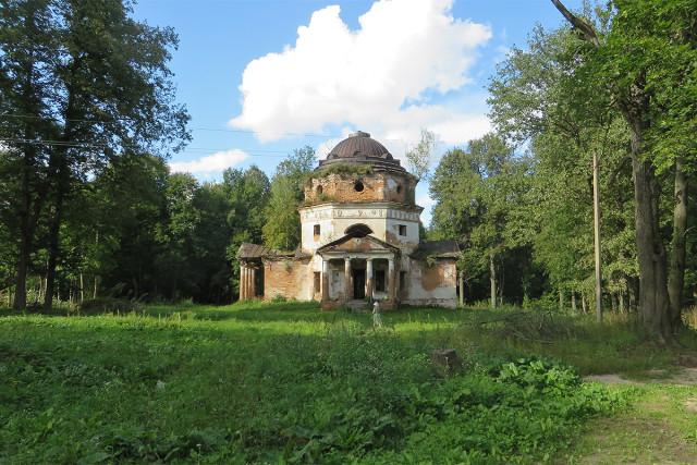 Церковь Покрова в Новой Романовке