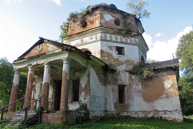 Покровская церковь в Новой Романовке