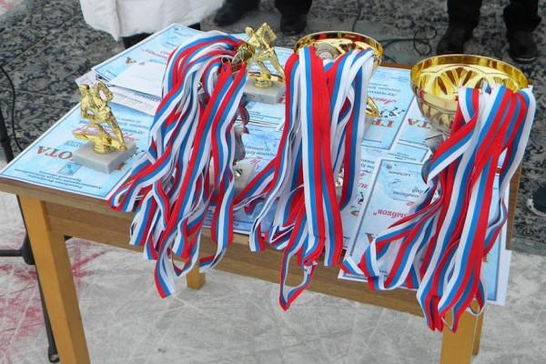 Призы соревнований. Фото: К.Попов