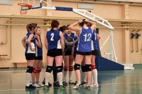 Команда девушек на выездом матче в Стародубе. Фото: К.Карпов