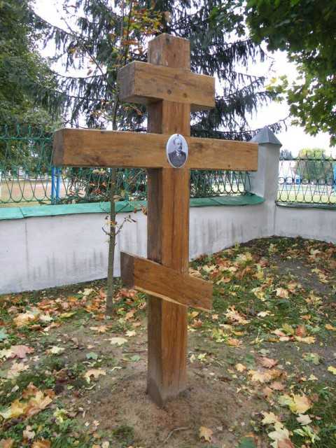 Крест на могиле В.М.Немцева