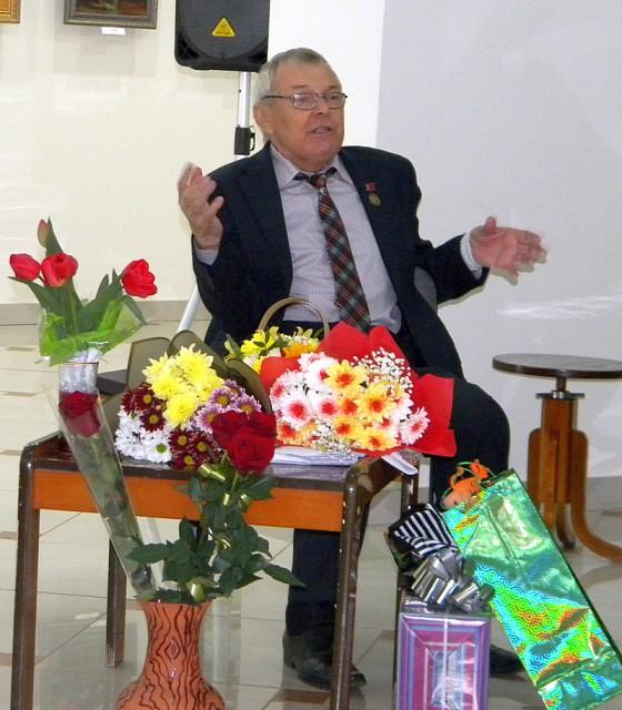 Валентин Иванович Александров