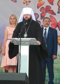 Выступает митрополит Исидор