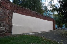 Подготволенная к фестивалю граффити старая стена. Фото: А.Дмитроченко