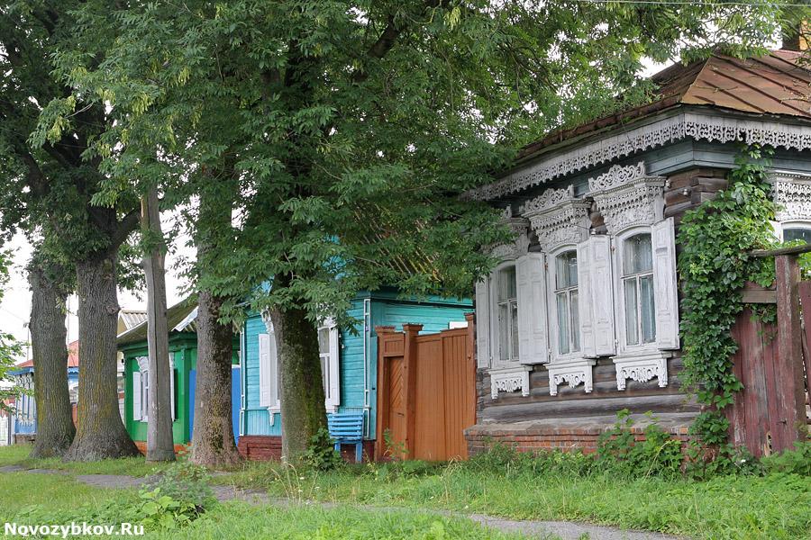 Резные памятники Злынка заказ памятника на кладбище Аннино