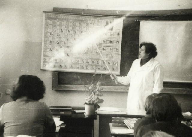 На уроке химии. Преподаватель Кривоносова Т.С