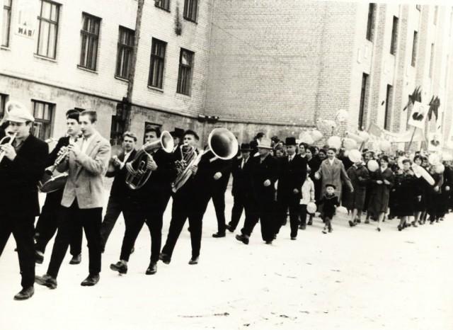 Первомайская демонстрация. 60-ые годы