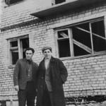Строительство дома преподавателей,  Кубановская, 2  (60-е годы). Прораб Пашков С.И. - слева