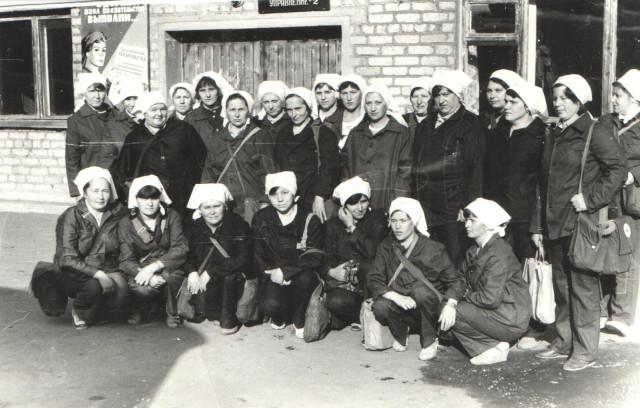 ДНД - Добровольная народная дружина - возле конторы (Вокзальная, 24, фото 70-х годов)