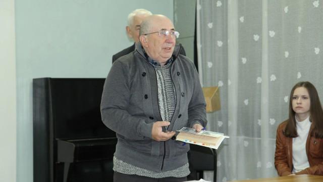 Бывший студент В. Зеболова, Евгений Письменный, рассказывает о спортивных увлечениях Владимира Акимовича