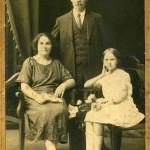Мастюгин П.Ф. с женой и дочерью Клавдией