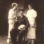 Мастюгин Петр Федорович с семьей в Харбине (Китай)