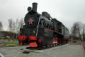 Паровоз - памятник военным железнодорожникам. Фото: С.Холманюк