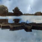 Лодки на озере Карна. Фото: Евгений Гейдельберг